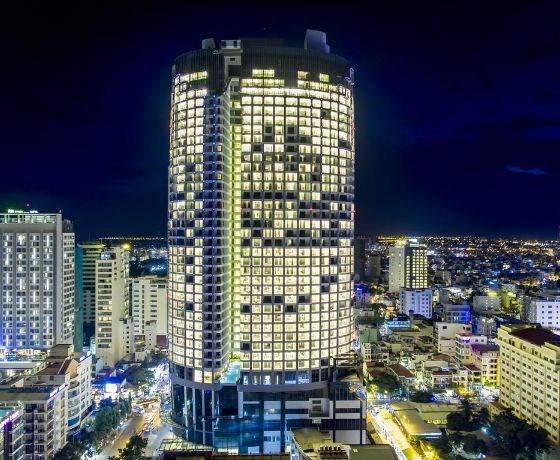 [Eastin Grand Hotel Nha Trang] Combo 2N1Đ - Đêm lưu trú + Ăn sáng